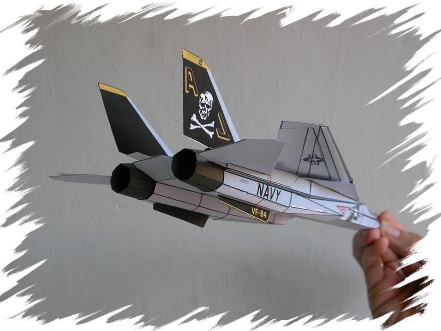 How to make easy paper airplanes that fly far and fast
